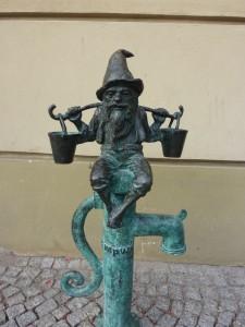 25. Brunnen-Zwerg