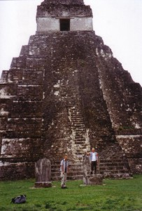 Wir Tikal